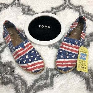 Toms NWT American Flag Pattern Shoes 8.5 M